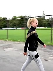 15 pictures - Gorgeous blonde babe pissing in public