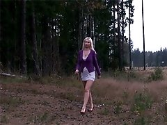 4 movies - Slutty blonde finds a quiet place to take a leak